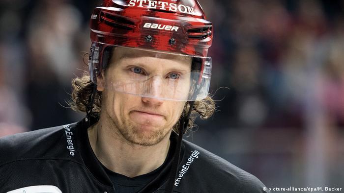 DEL: German Ice Hockey Star Christian Ehrhoff Retires