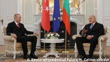 26.03.2018 Turkish President Tayyip Erdogan meets with Bulgaria's Prime Minister Boyko Borissovat Euxinograd residence near Varna, Bulgaria, Маrch 26, 2018. Bulgarian Government Press Office/Handout via REUTERS ATTENTION EDITORS - THIS IMAGE HAS BEEN SUPPLIED BY A THIRD PARTY. NO RESALES. NO ARCHIVES