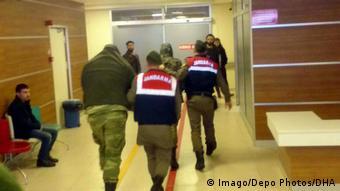 Ο τουρκικός ποινικός κώδικας επιτρέπει την κράτηση υπόπτων έως και για πέντε χρόνια χωρίς να απαγγελθούν κατηγορίες.