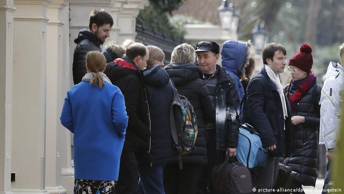 Ausweisung russischer Diplomaten aus Großbritannien (picture-alliance/dpa/AP/F. Augstein)