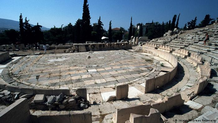 Griechenland Dionysostheater auf der Akropolis Athen (Imago/Andreas Neumeier)