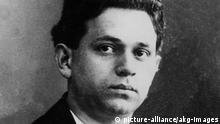 Kurt Tucholsky / Portraetaufnahme um 1908 (picture-alliance/akg-images)