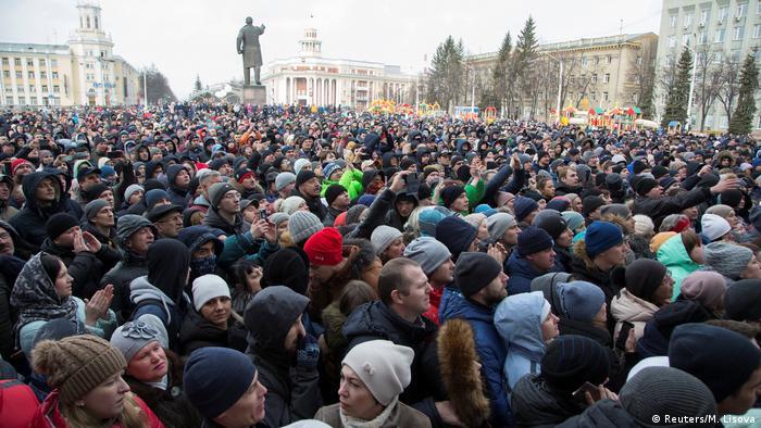 Rusya'da yangın öfkesi sokağa sıçradı