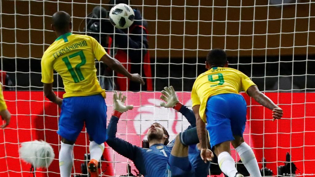 Kevin Trapp error hands Brazil friendly win over lackluster