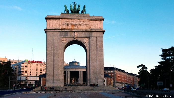 Francisco Franco Madrid Arco Victoria (DW/L. Garcia Casas )
