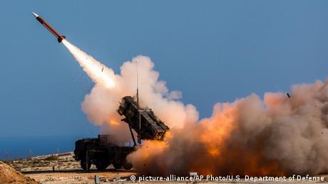 Patriot Raketen-Abwehr-System (picture-alliance/AP Photo/U.S. Department of Defense)