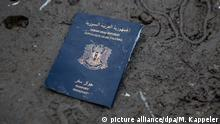Syrian passport (picture alliance/dpa/M. Kappeler)