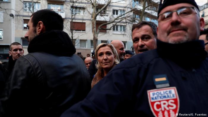 Marine Le Pen attending the anti-Semitic march in Paris