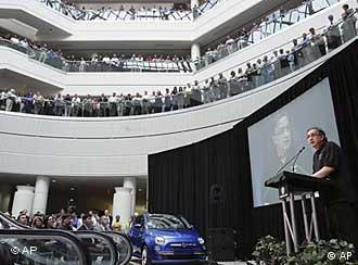 New Chrysler Group LLC CEO Sergio Marchionne addresses employees in the US