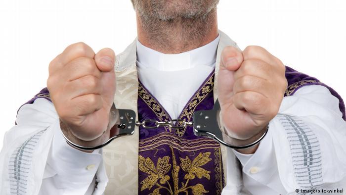 Symbolbild Kindesmissbrauch katholische Kirche