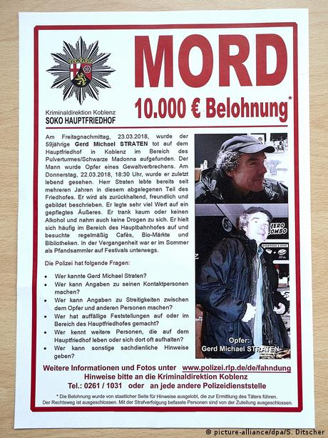 Poster calling for information about the murder in Koblenz (picture-alliance/dpa/S. Ditscher)