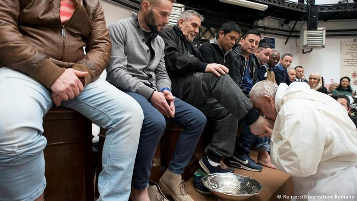 Pope Francis washes the feet of prisoners in Rome
