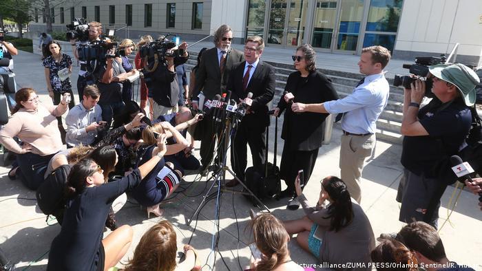 USA Orlando Anwälte von Noor Salman (picture-alliance/ZUMA PRESS/Orlando Sentinel/R. Huber)