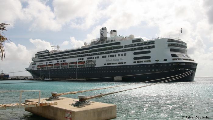 Cruise ship anchored at Bonaire