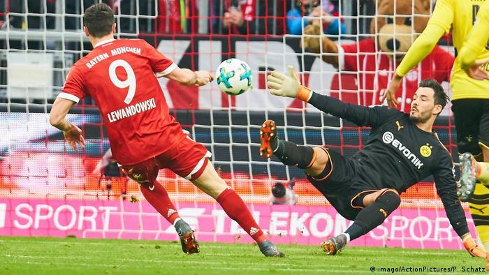 Deutschland Bayern München gegen Borussia Dortmund (imago/ActionPictures/P. Schatz)
