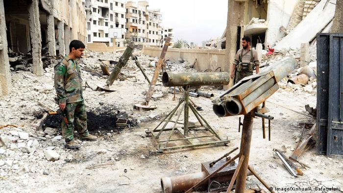 Syrien Syrische Soldaten in Ost-Ghuta (Imago / Xinhua / A. Safarjalani)