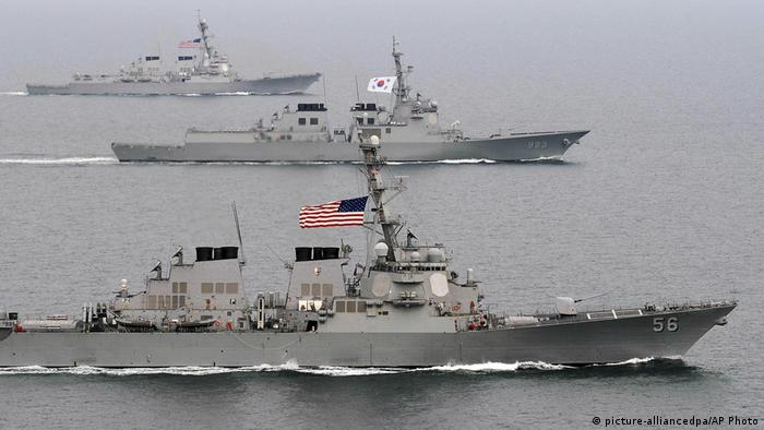 US and South Korean ships (picture-alliancedpa/AP Photo)