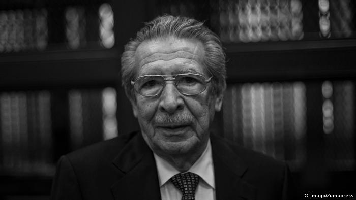 e260ad27ce9 Fallece exdictador militar Ríos Montt, juzgado por genocidio en ...