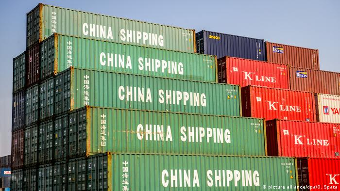 China Container-Hafen (picture alliance/dpa/O. Spata)
