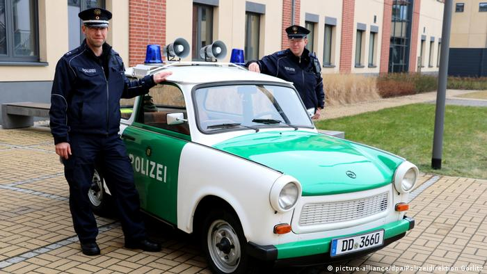 A police Trabi (picture-alliance/dpa/Polizeidirektion Görlitz)