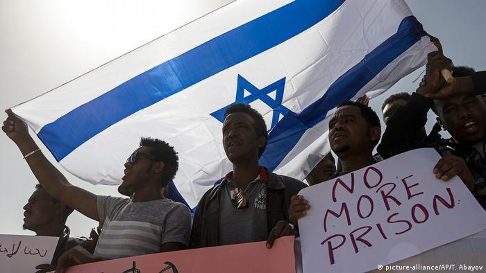 African migrants in Israel (picture-alliance/AP/T. Abayov)