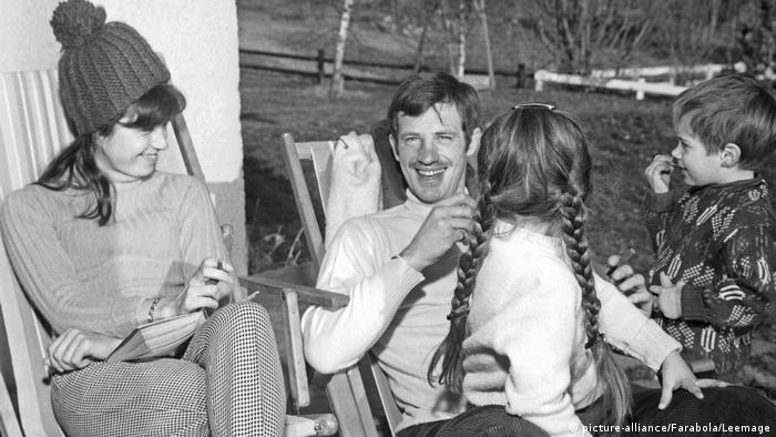 Jean-Paul Belmondo mit seiner Ehefrau Renée und Tochter Florence
