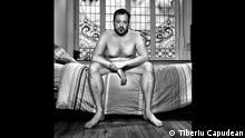 Ausstellung Naked des rumänischen Künstlers Tiberiu Capudean