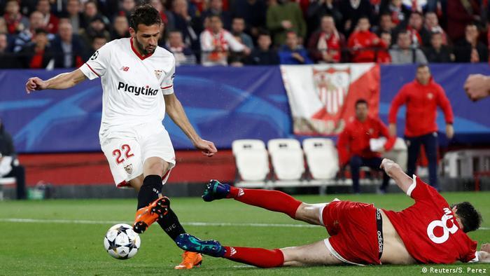 2ded71db72 Pablo Sarabia fez o golo do Sevilha na primeira parte