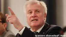 CSU Innenminister Horst Seehofer - Familiennachzug (picture alliance/dpa/T. Hase)