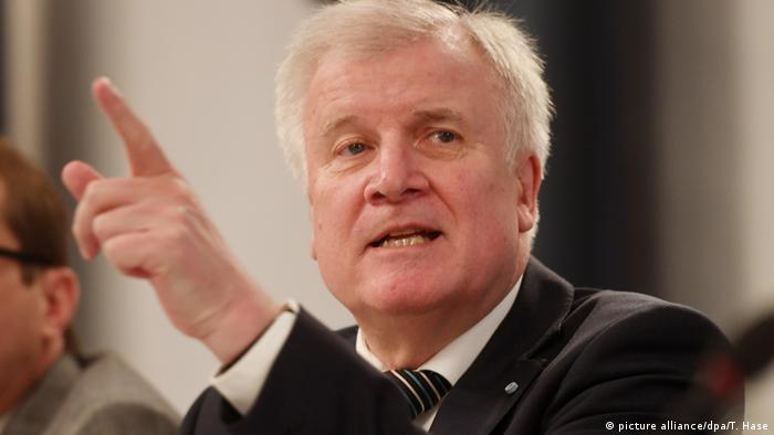 Horst Seehofer, ministro alemán del Interior