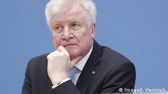 CSU Innenminister Horst Seehofer - Familiennachzug (Imago/J. Heinrich)
