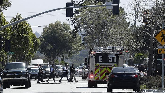 USA - Polizei-Einsatz wegen Schüssen bei der YouTube-Zentrale (picture-alliance/AP/J. Chiu)