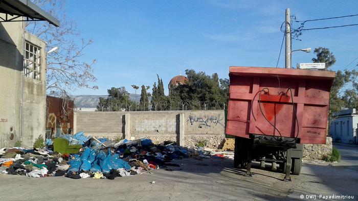 Athen Ansicht Stadtteil Elaionas (DW/J. Papadimitriou )