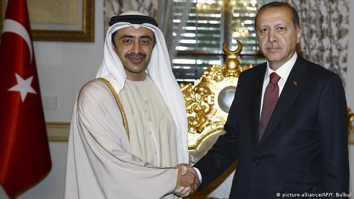 Istanbul Sheikh Abdullah Bin Zayed Al Nahyan bei Erdogan (picture-alliance/AP/Y. Bulbul)