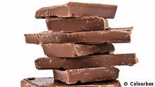 Symbolbild chocolate on a white background