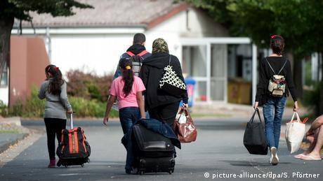 Η Γερμανία καθυστερεί την οικογενειακή επανένωση