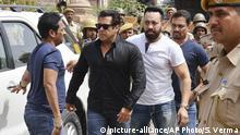 Indien Salman Khan auf dem Weg zum Gericht