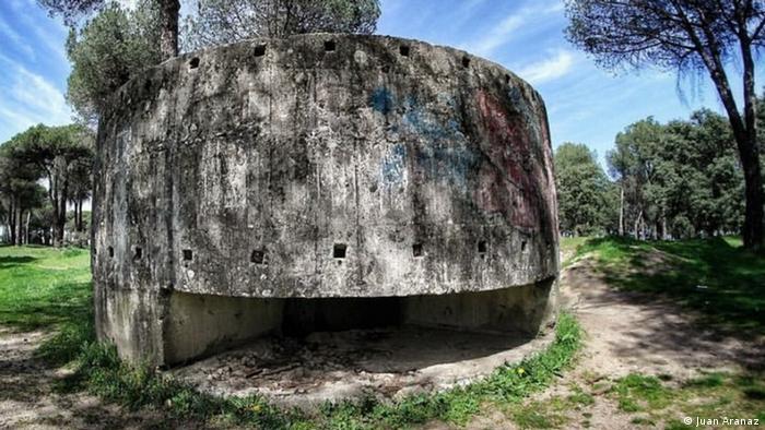 Bunker in Dehesa de Navalcarbón Madrid (Juan Aranaz)