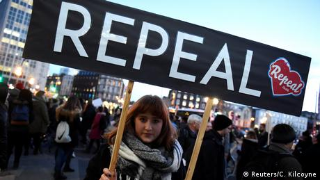 Google and Facebook ban ads linked to Ireland's abortion referendum