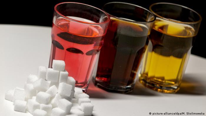 Zuckerhaltige Erfrischungsgetränke (picture-alliance/dpa/M. Skolimowska)