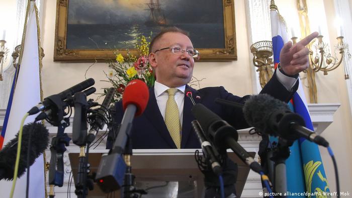 UK Salisbury Untersuchung Nervengasanschlag Skripal -PK Russischer Botschafter Alexander Vladimirovich Yakovenko (picture alliance/dpa/PA Wire/Y. Mok)
