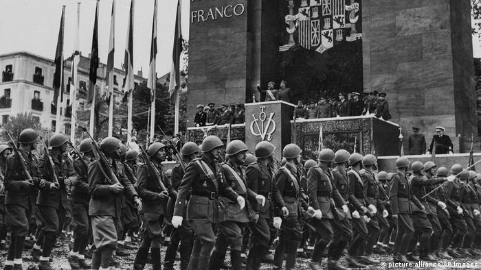 парад в честь Франко, май 1939 года