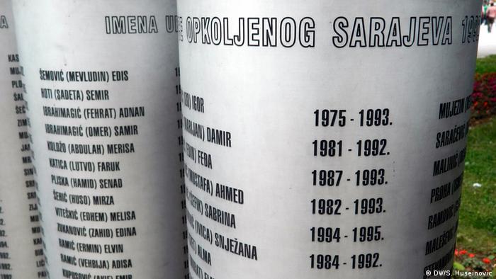 Bosnien und Herzegowina Jahrestag Befreiung Sarajevos im Bosnienkrieg | Denkmal für getötete Kinder