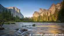 USA, California, Sierra Nevada, Yosemite, National Park...