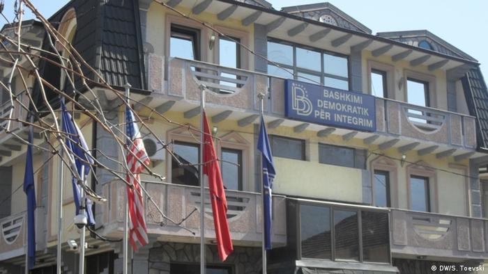 Mazedonien Hauptsitz der Partei DUI in Mala Recica