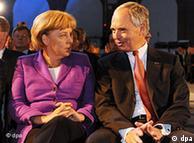 Η καγκελάριος Μέρκελ και ο πρόεδρος του BDI Χανς Πέτερ Κάιτελ