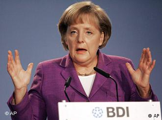 Chancellor Merkel addressing the BDI conference