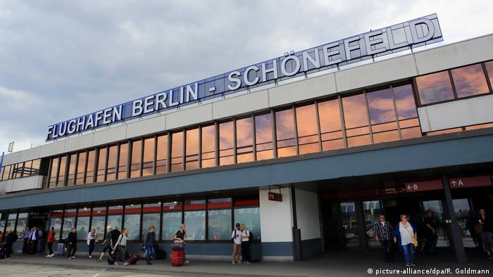 Millioneninvestitionen In Alten Flughafen Berlin Schönefeld