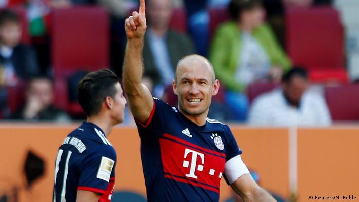91b269265 Arjen Robben and Rafinha both pen new Bayern Munich deals