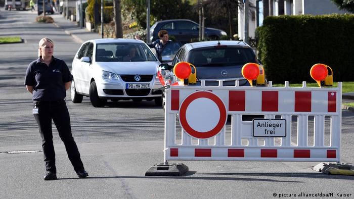 Parts of Paderborn were closed while the operation to defuse the bomb was carried out